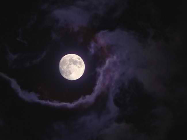 Любовные ритуалы во время полной Луны