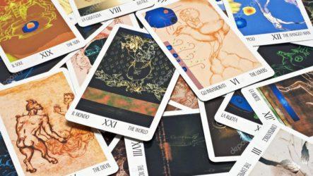 Гадание на картах Таро бесплатно на будущее