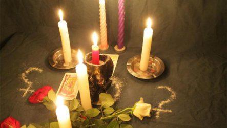 Заговоры белой магии на любовь девушки или парня — как читать в домашних условиях