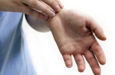 К чему чешется левая рука: к хорошим или плохим событиям